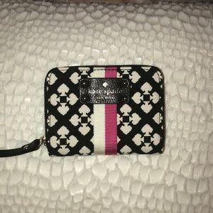 Kate spade mini Neda wallet